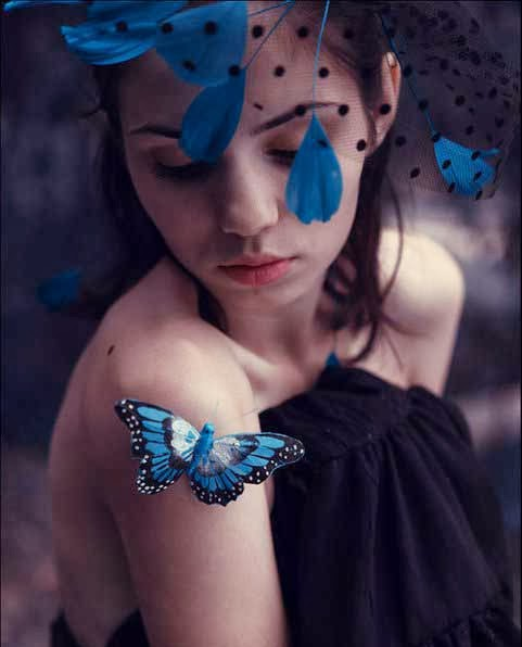 girl dp with blue butterflies