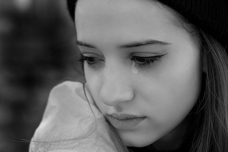 Crying Girls Facebook Profile Pictures Best Profile Pictures Of Best Crying Images Download