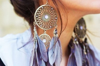 Girls Earing Stylish Profile Picture