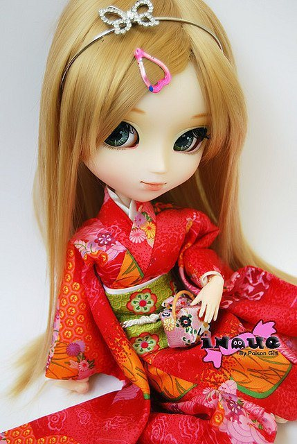 cute dolls girls Facebook profile pictures