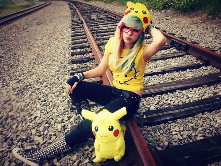 more beautiful emo girls Facebook profile pictures in a railway track