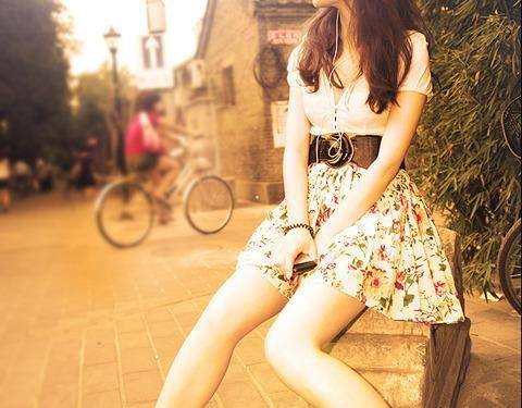 Stylish awesome girls facebook display pictures