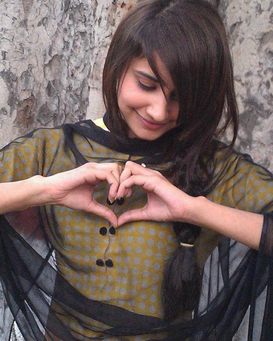 Awesome Girls Facebook DP,S with heart
